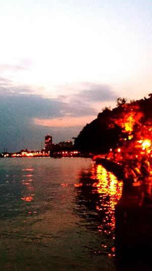 Just relax and enjoy tamsui's night view Walking Around People Watching Relaxing Hanging Out Taking Photos Tamsui Taiwan Night View EyeEm Best Shots Amazing View Night Lights