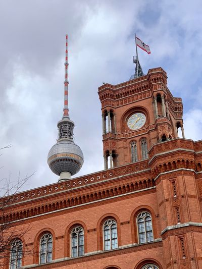 Rotes Rathaus Rotes Rathaus Berlin Rathaus Fernsehturm Fernsehturm Berlin  Built Structure Architecture Building Exterior Travel Destinations Tower Building Cloud - Sky Low Angle View Tourism Sky Travel City Nature Tall - High Spire  Day No People Belief Religion Outdoors