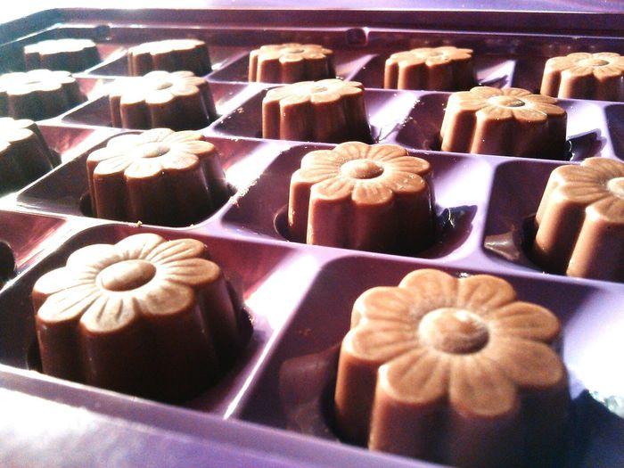 Taste Good Sweet Sweets Chocolate Bonbons Bonbonniere Flowers Chocolates Chocoholic Chockolate Chocolateflower Chocolatelover Chocoflower Milkchocolate Chokolate Cokolada Sweetlife Sweet Food