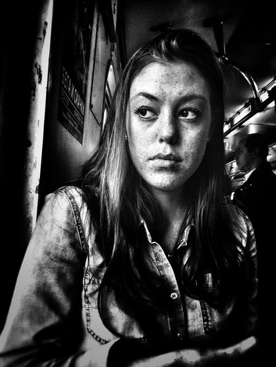The Portraitist - 2018 EyeEm Awards Portrait Looking At Camera Headshot Young Women Front View Close-up