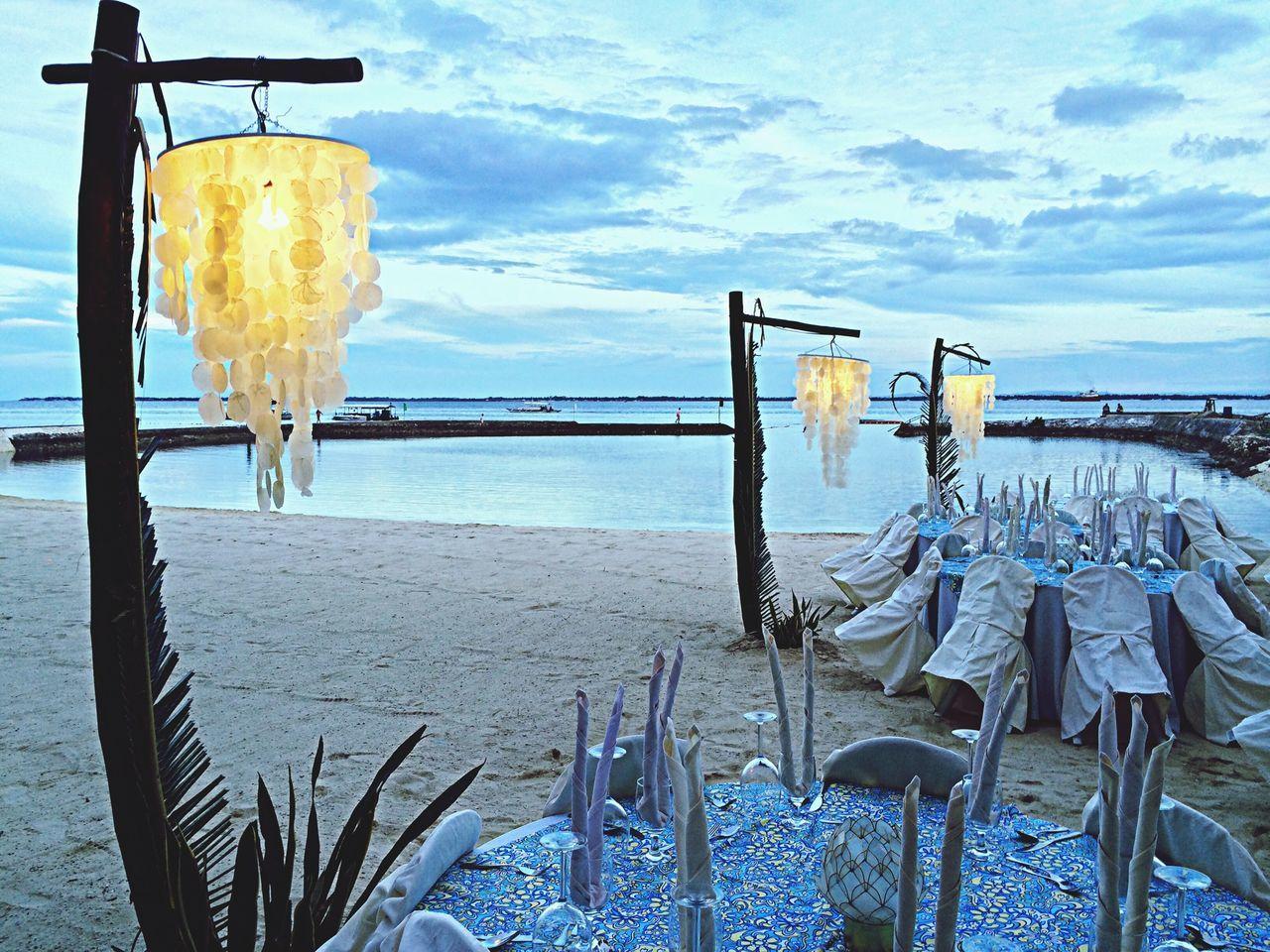 Place Setting Arrangement For Beach Wedding