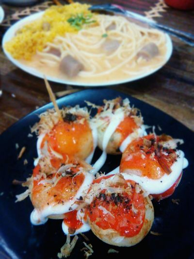 Takoyaki 😄 nyummy~ PowerRangerPelangi My World Of Food Foodporn Food Takoyaki Japanese Food Nyummy Eye4photography  Delicious Lunch