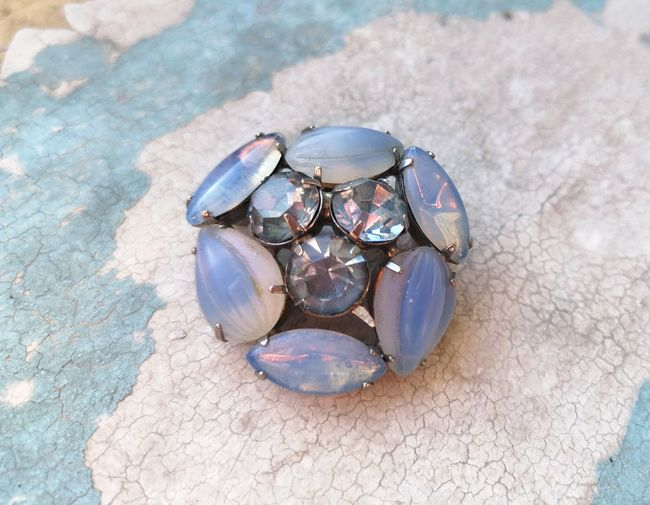 Sea Life Precious Gem Luxury Beach Sand Gemstone  Close-up Animal Themes Semi-precious Gem