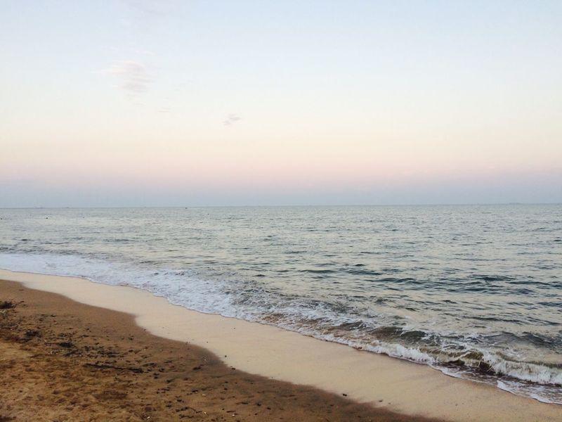 Pivotal Ideas Hello World Hi! Taking Photos Relaxing Enjoying Life to sea to see