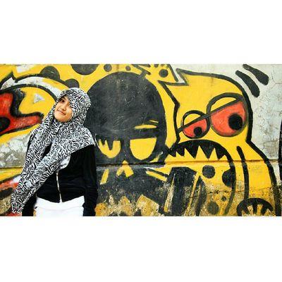 What you see in this pictrue? :v Fotoan disini biar dibilang anak gahol gitu hahaks :D Likeforlike Instalike Instagood Instaline Instagram Instapict Followme Followforfollow Follow4follow Instashot Nocrop Instadaily F4F Lombok Indonesian Fun Me Hunting Hijab