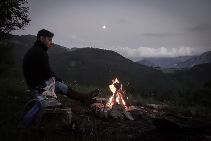 #Mountains #Nature  #backpacker #campfire #dreaming #fire #hiker #moon #outdoor #outdoorsport #sky #travel #travelling #travelphotography
