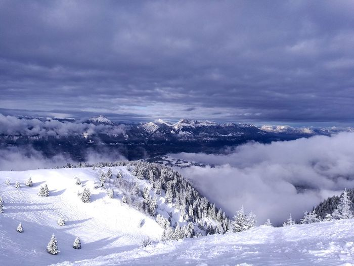 Snowcapped Mountain Beauty In Nature Nature Outdoors Snow Winter Landscape Mountain Cloud - Sky Sky Frozen