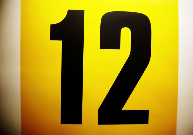 12 Number Numbers Yellow Zahl Twelve Numbers Only Zwölf