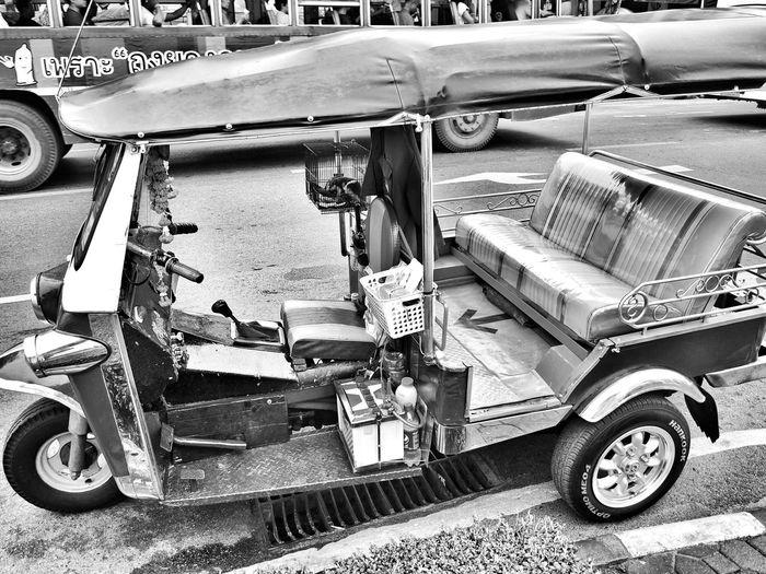 Toktok Thailand Streetphotography Street Photography Streetphoto_bw Street Life Automotive EyeEm Gallery Traveling Taking Photos Blackandwhite Street Photography