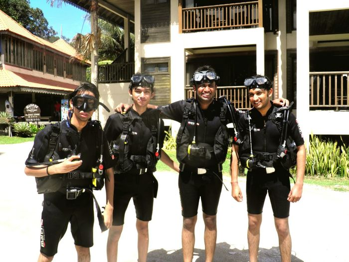 SCUBA Scuba Diving Malaysianisland Adventure Being Adventurous Scubakit Freinds Vacation Time EyeEmBestPics Mobilephotography