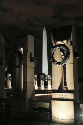 WWII Nationalmall Nightphotography Sightseeing Taking Photos EyeEm Best Shots North Carolina WashingtonDC Washington Monument Tadaa