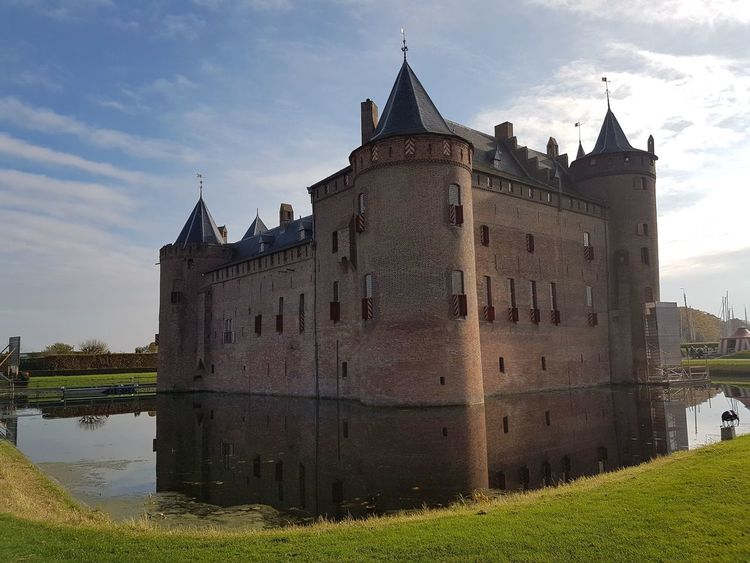 Castle History Architecture No People Water Castle Outdoors Photograpghy  Muiderslot