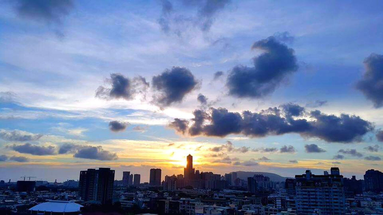 architecture, cityscape, building exterior, sunset, sky, city, cloud - sky, built structure, skyscraper, urban skyline, no people, outdoors, modern, nature, day
