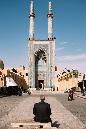 tranquility in front of jameh mosque Calmness City Life Safavid Arch Architecture Belief Day Iran Irantravel Isfahan Jameh Jameh Mosque Minaret Moschee Mosque Mosque Architecture Outdoors Persia Persian Architechture Portal Religion Street Photography Towers Travel Destinations Unesco World Heritage