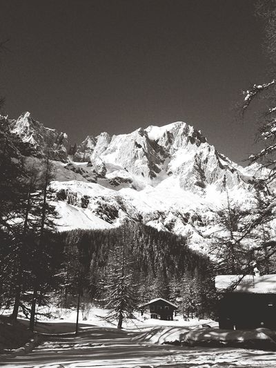Montains    Snow Snowshoeing Monte Bianco Le Mont Blanc Valferret Blackandwhite Enjoying The Sun Blue Sky Enjoy The Snow