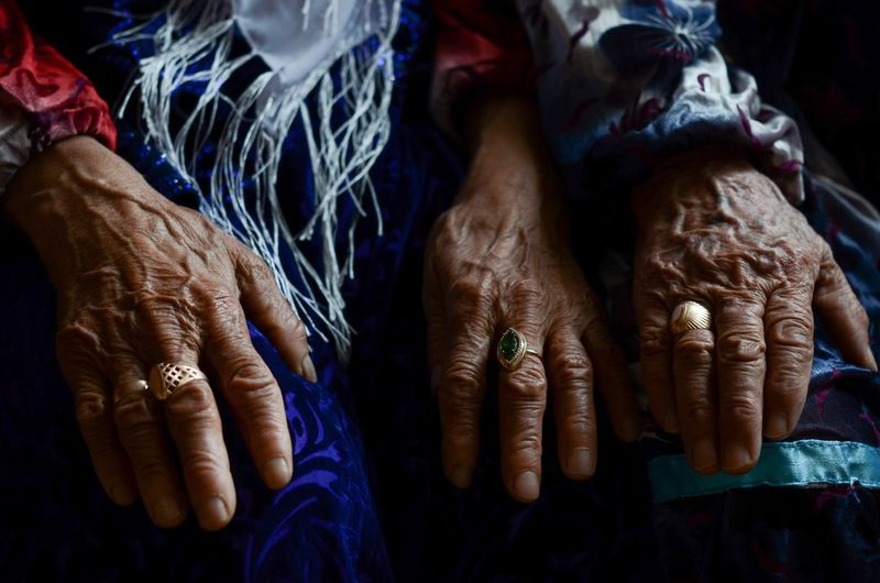 Old Age Human Hand Human Body Part Real People Hand One Person Lifestyles Indoors  Women Jewelry This Is Aging