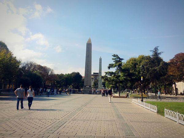 Sultanahmetmeydanı c kapısı önü Anıtlar Tarihi Anıtlar Gezi Meydan Kaldırım Hello World Historical Monuments