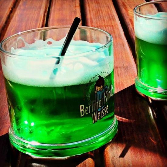 Bei dem Wetter schmeckt eine Berliner Weisse richtig lecker...! Trinken Hitze Sommer Erfrischung Getränke Durst