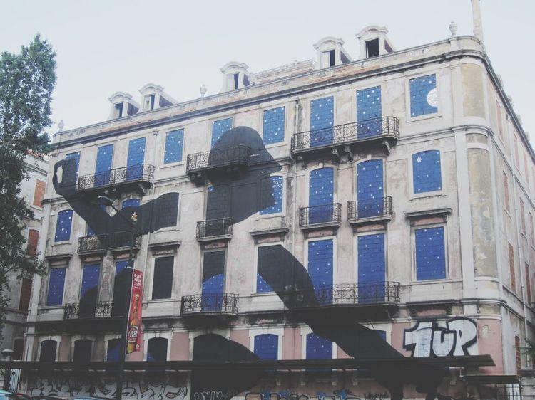 The Traveler - 2015 EyeEm Awards Portugal Lisbon Lisboa Graffiti Streetart