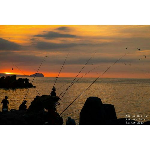 Fishing at sunset Escaping View Taiwan Fisherman Fishing Keelung Taiwan The View And The Spirit Of Taiwan 台灣景 台灣情 Sunset Ocean Ocean View