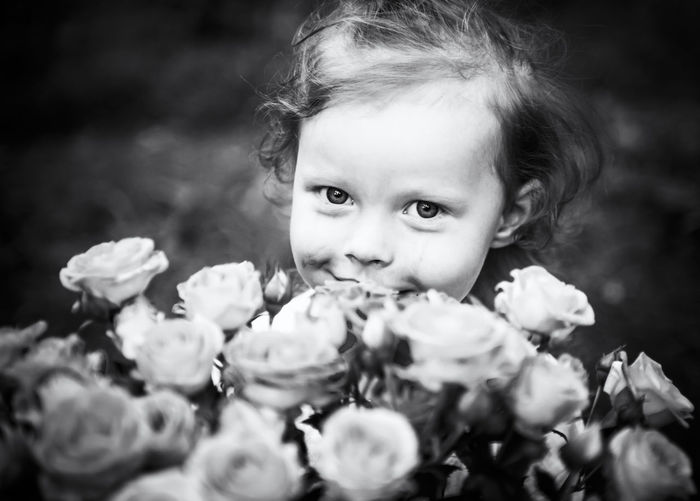 Beauty In Nature Blond Hair Child Childhood Children Only Close-up Cute Day Flower Flower Head Fragility Freshness Girls Headshot Innocence Looking At Camera Nature One Person Outdoors People Portrait Real People Smiling