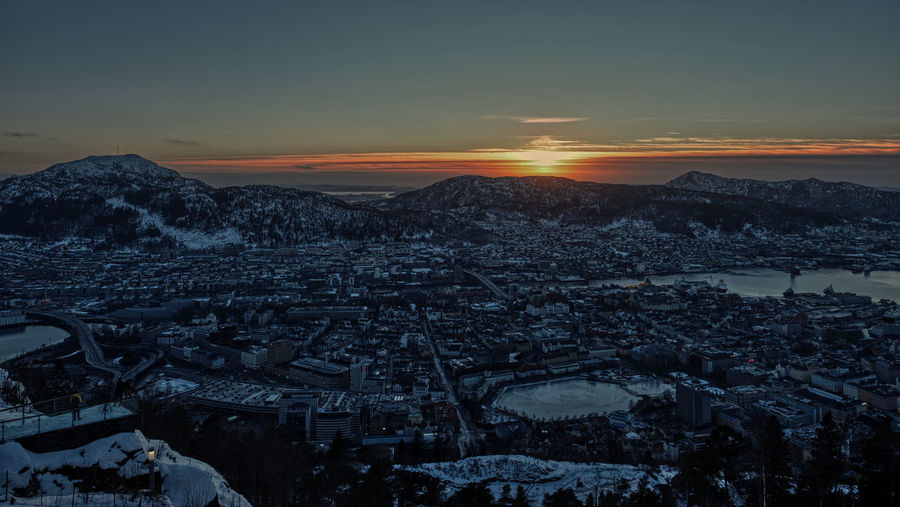 City sunset Sunset Sunset_collection Cityscape Sun Down Sky Mountain Mountains Winter Winter Scapes Fjordsofnorway Best Views View From Floyen
