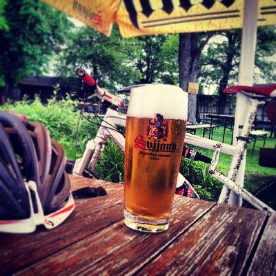 *mein wohl verdientes Feierabend - Bier* zum Wohl meine Freunde ;-)