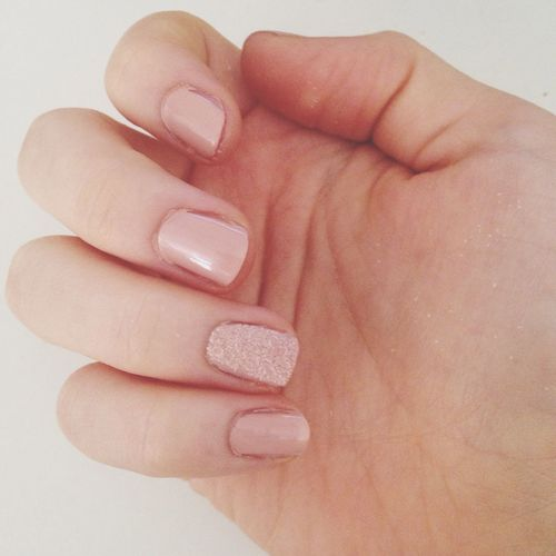 Petite manucure Nail Art Holiday Resting Pink