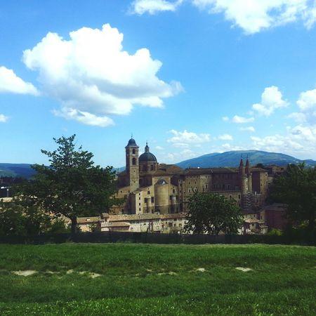 Sunny day in Urbino Sunny Urbino Italy Cloud Traveling Eye4photography  Eyeemtravel  EyeEm Best Shots EyeEm Gallery