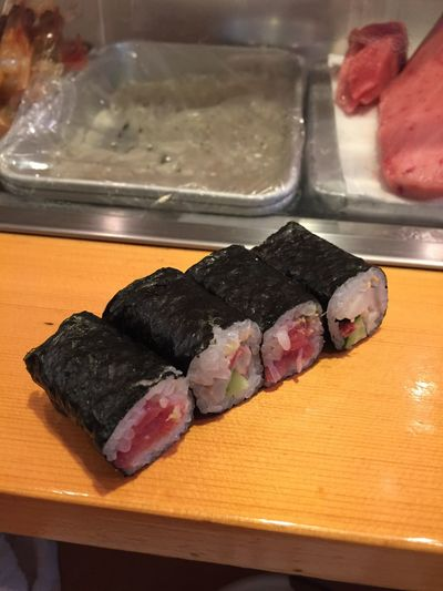Close-up Delectable Delicious Food Food And Drink Freshness Healthy Eating Japanese Food No People Plate Ready-to-eat Rice Seaweed Sushi Tuna Tuna Roll Yummy