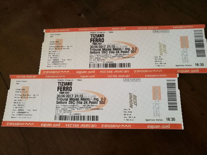 Stasera Al Concerto Di Tiziano Ferro Concerts & Events Postage Stamp Paper Old-fashioned Close-up No People Indoors  The Purist (no Edit, No Filter) Color Photography Tiziano Ferro Tiziano Ferro Tour 2017 Stadio Olimpico 30/Giugno/2017