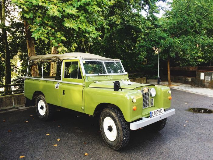 Our newest gem, a beautifully restored Series IIA canvas-roof 109. www.valenciaclassicvehicles.com Classic Car Vintage Cars Land Rover Adventuremobile Landrover  Landrover Defender Off Roading Offroad 4x4 Four Wheeling