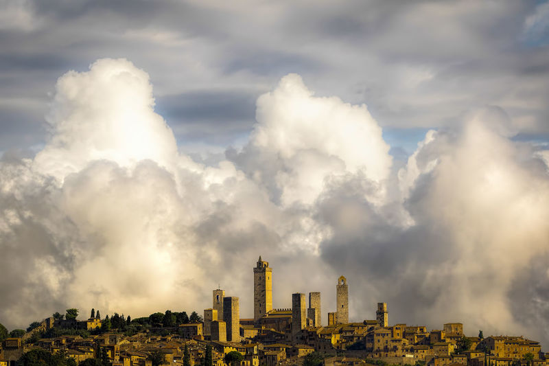 Architecture Building Exterior Built Structure Citiscape  Cloud - Sky Clouds & Sky Clouds And Sky Day Monument Monumental Buildings Monuments No People Outdoors Sky Travel Destinations Tuscany Been There. Lost In The Landscape