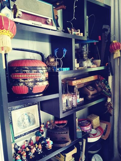 EyeEm EyeEm Gallery EyeEmNewHere EyeEm Selects Eyeemphotography Enjoying Life Enjoying The View Enjoy Life Iron Garnish Old-fashioned Decoration Household Equipment Antique Grandparentshouse Meaningful  Memories Shelf Store Choice Close-up Retail Display For Sale Pocket Watch Various Rotary Phone