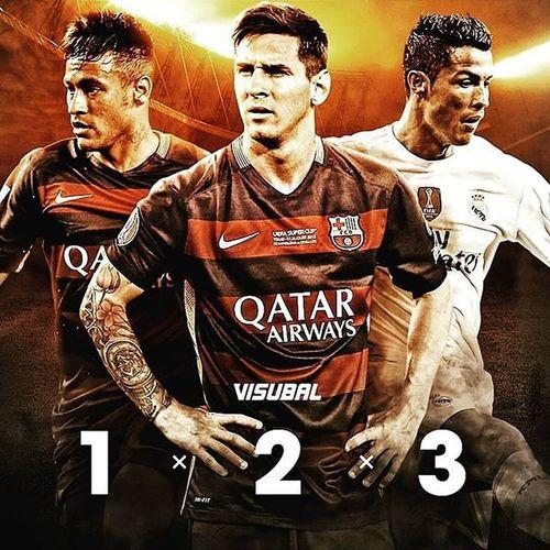 Waiting ⌚😰 Fifaballondor 2K15 Messi10 Onceagain ⚽👏🎆 Instafootball Instaplayers MaNi™