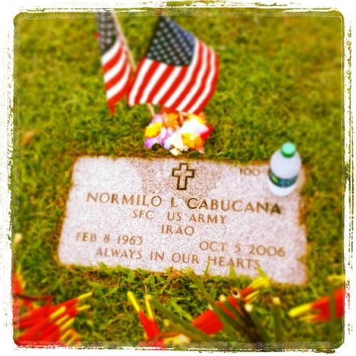 Happy Memorial day daddy, thank you for fighting for our freedom. I love you and miss you alot. Memorialday2014 Family Daddy Veteren graveyard freedom warveteran operarioniraqifreedom proudson love