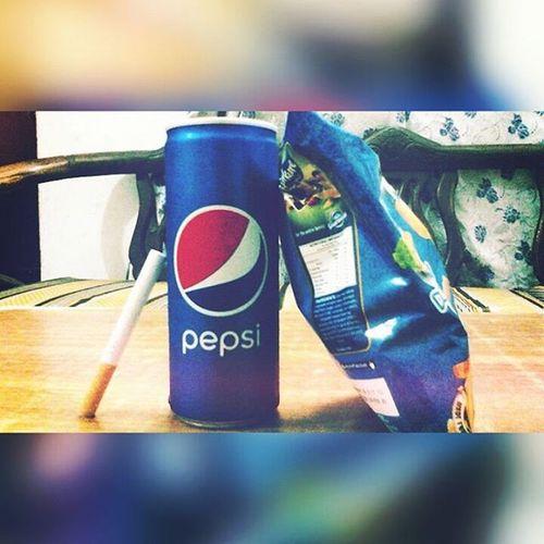 PERFECT NIGHT PACKAGE! Kurkure GolDleaF Pepsi
