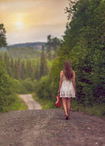 Taken today Violine  Girl Beauriful Road Nature Stunning Check This Out Taking Photos Enjoying Life Babe ❤