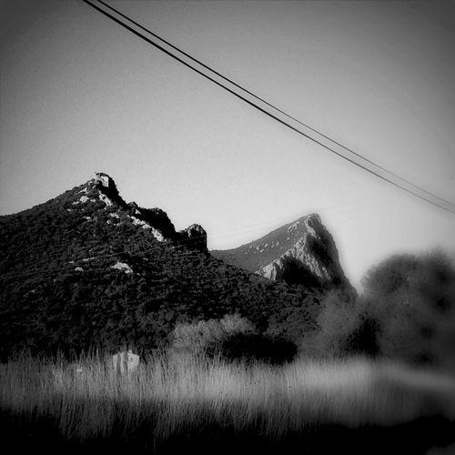Une endroit qui me fasse fantasmer ... Oui un jour j aurai une fenêtre qui donne sur le Pic Saint Loup :-) Bw_collection
