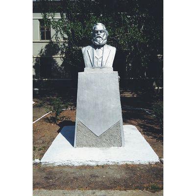 Karl Marx Karlmarx Transnistria Pridnestrovie Sovietunion monument vscocam vscofilm vsco