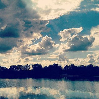 Sky Skypainters Blue Skyporn skyline skylovers cloud clouds cloudporn cloudy instacolor instasky instaclouds cloudlovers lake water reflection nature naturelovers nature_perfection instalike instagood instadaily instamood instagramhub instagramers instagram bestoftheday picoftheday