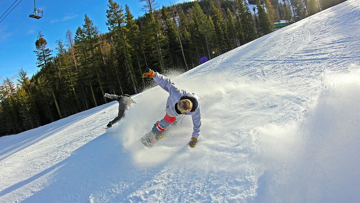 Youth Of Today Adrenaline Junkie My Winter Favorites Washington Adventure Buddies Adrenaline Friends Youngwildandfree Young Adult Freedom Capture The Moment Northwest Color Photography Action On The Move Pacific Northwest  Make Magic Happen Snowboarding Snowboard WinterSpray Snow Sports