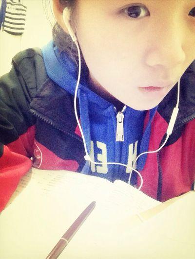 That's Me Do homework.???