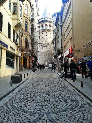 Galatakulesi Karaköy Sunday Sun Brunch Traveling Istanbul Turkey Truelove Huzur Psychology ???