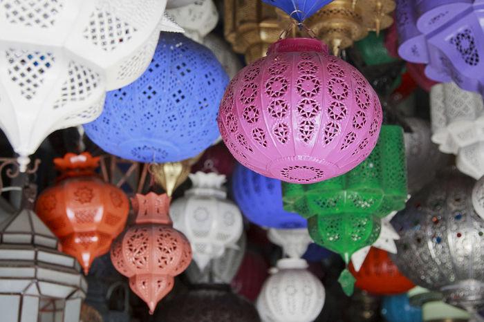 Bazaar Bright Colored Colors Horizontal Lantern Lanterns Light Morocco Souq Typical Africa Arabic Close-up Decorated Decoration Handicraft Lamp Market Marrakech Shop Souk Suq Tourism Traditional