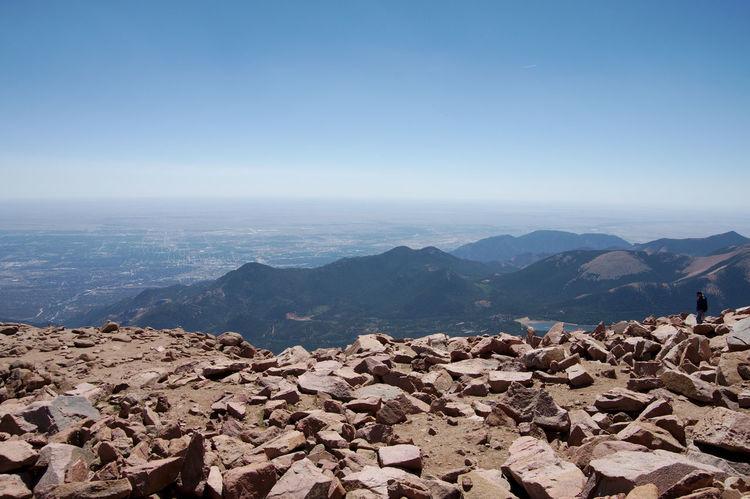 view over the edge Pikes Peak Rockymountains Bluesky High Altitude Highaltitudephotography Redrocks