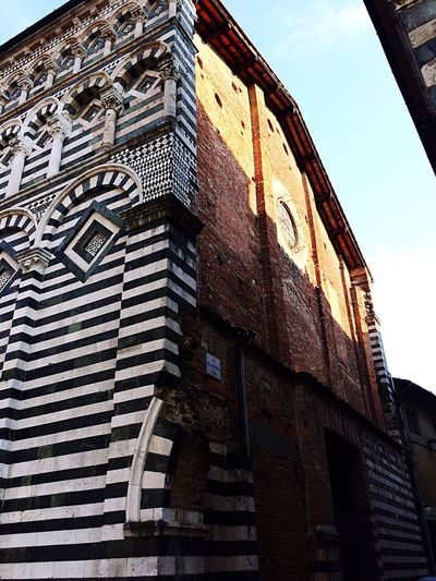 Two faces Building Exterior Built Structure Low Angle View Architecture Outdoors City Tuscany