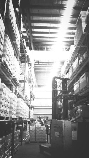 Workers during part arrangements at warehouse. The Places I've Been Today Warehouse Jobs Forklift Automotive Phoneography EyeEm Bnw EyeEm Best Shots EyeEm Gallery EyeEm Malaysia