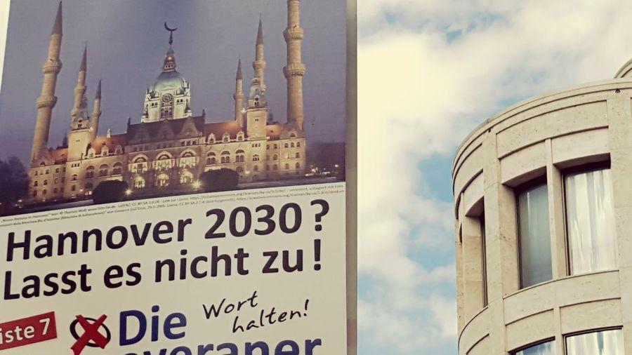 Politics Germany Hannover Elections 2016 Landtagswahl Muslim Islam Islamophobie Islamophobia Niedersachsen Phobie City Wahlkampf Wählen Hanover Lower Saxony 2030 Zukunftsvisionen