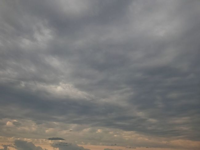 Cloud - Sky Sky Low Angle View Nature Beauty In Nature No People Cloudscape Scenics Sky Only Tranquility Backgrounds Day Outdoors Full Frame